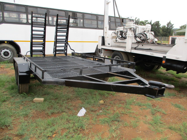 DOUBLE AXLE BOBCAT TRAILER Image