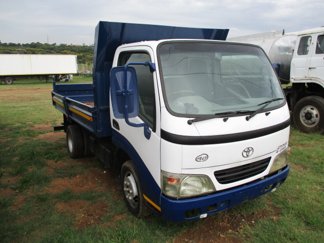 2006 TOYOTA DYNA 4.093 3 CUBE TIPPER Image