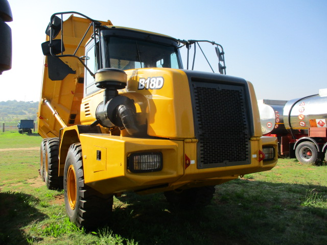 2005 BELL B18D DUMPER Image