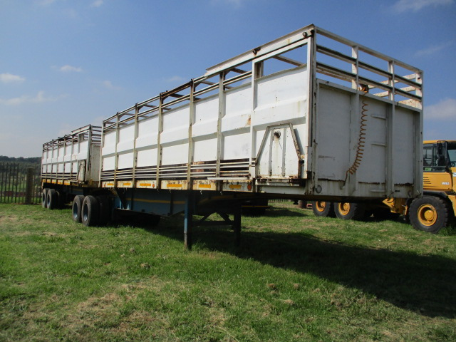 1996 HENRED FRUEHAUF INTERLINK CATTLE BODY TRAILER Image