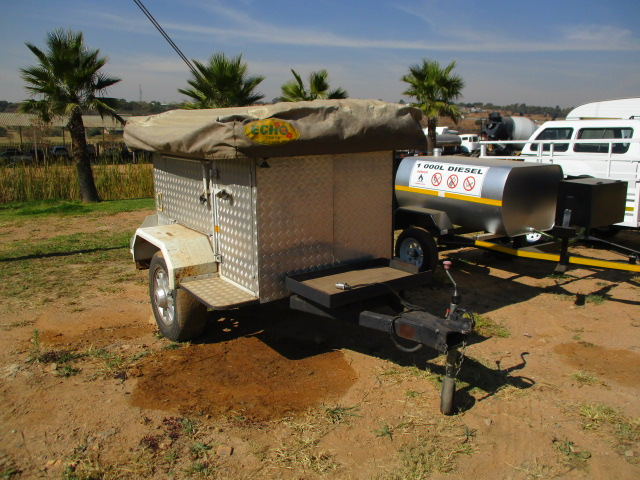 4X4 TRAILER WITH ROOFTOP TENT Image