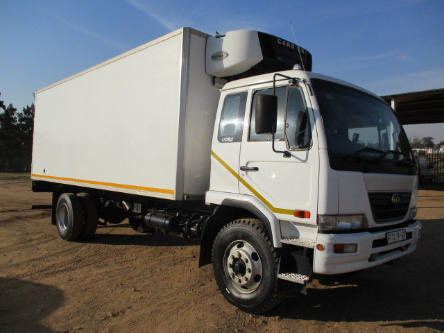 2010 NISSAN UD80 REFRIGERATED TRUCK Image