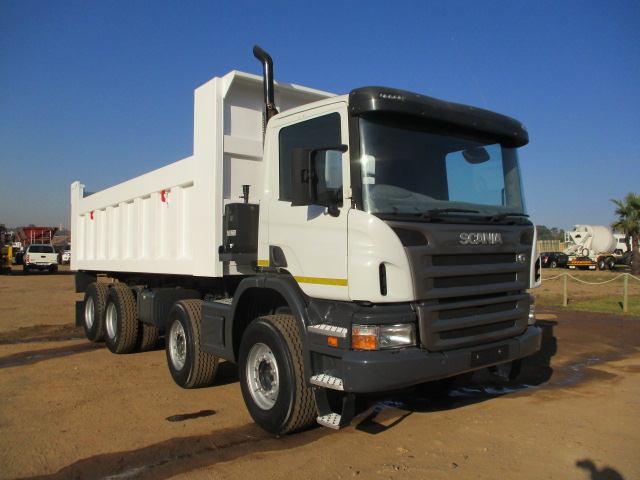 2009 SCANIA P380 TWINSTEER 18M3 TIPPER Image
