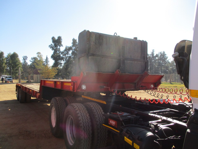 1980 HENRED DOUBLE AXLE STEP DECK LOWBED TRAILER Image
