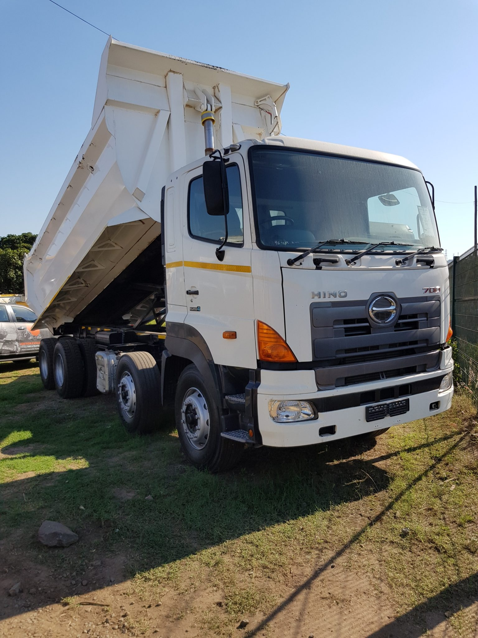 2016 TOYOTA HINO TWINSTEER 20 CUBE TIPPER Image