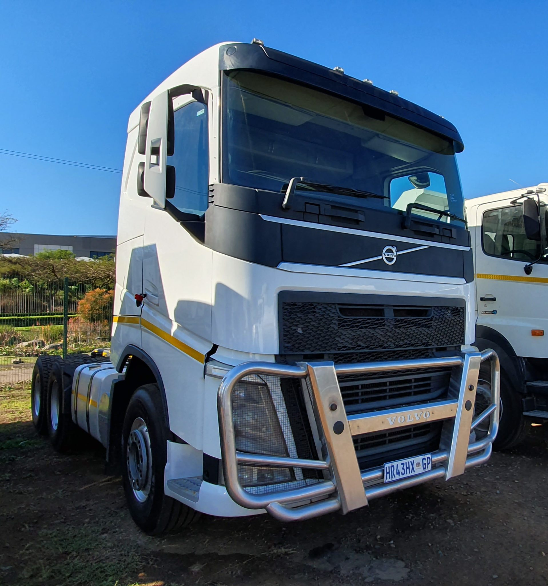 VOLVO FH 6X4 MECHANICAL HORSE Image