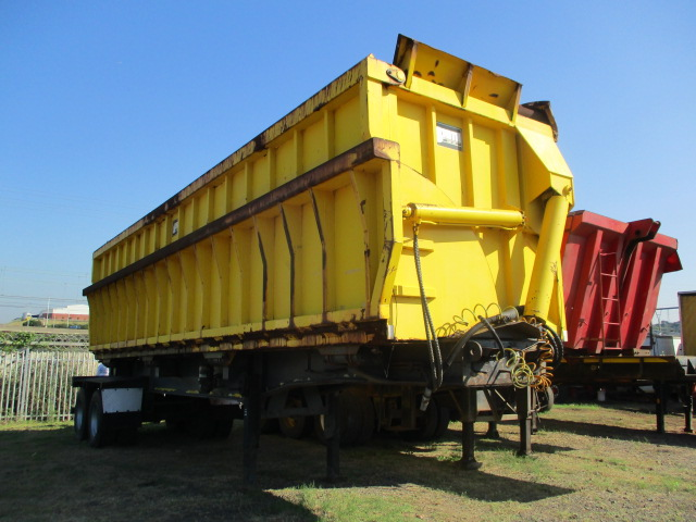 2002 J SMITH & SONS DOUBLE AXLE SIDE TIPPER TRAILER Image