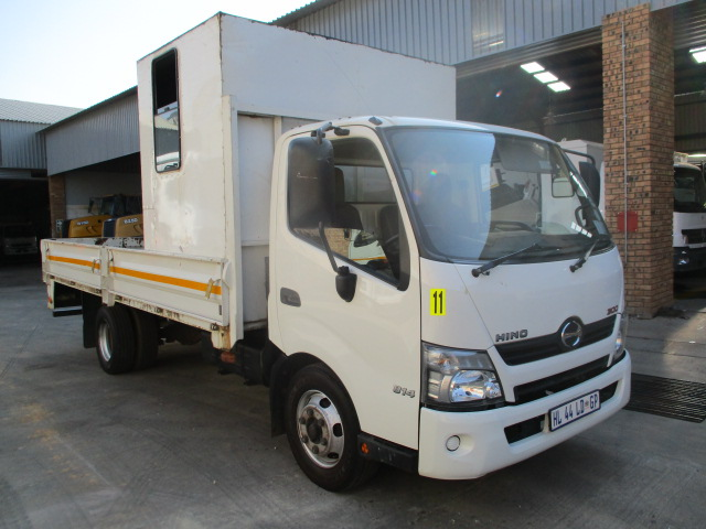 HINO 300 815 DROPSIDE WITH PERSONEL CARRIER Image
