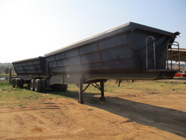 SA TRUCK BODIES INTERLINK SIDE TIPPER TRAILER Image